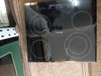 Hotpoint 60 by 60 ceramic hub electric Touch display hub good condition with guarantee bargain