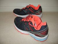 Ladies New Balance Trainers Size 9.
