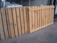 Heavy Duty Solid Wood Fencing Panels. Fence Panels 143 cm x 90 cm