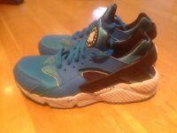 Nike huaraches customized size 6