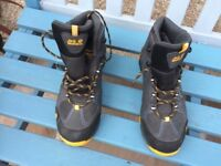 Jack Wolfskin walking boots,size 5, never worn, still as new. £20.
