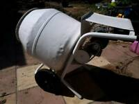 Cememt mixer 240v