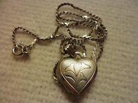 """1970's Sterling Silver Heart Locket & 16"""" Chain"""