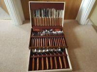 Glosswood Sheffield steel wooden handled cutlery set