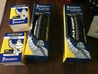 700x25 michelin pro4 endurance bike tyres x2 with Michelin tubes x2