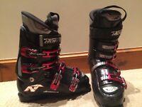 Nordica 8GTS Ski Boots (size 7.5)