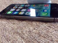 Apple iPhone 5s 16gb Gold/Grey UNLOCKED