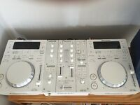LIMITED EDITION CDJ 350W + DJM 350W + flight case. (Optional KRK Rokit6 Speaker)