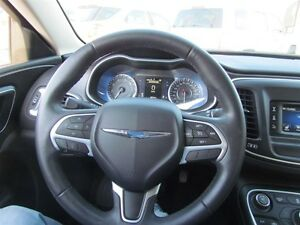 2015 Chrysler 200 Limited   HEATED POWER SEATS London Ontario image 11