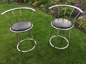 2x leather bar stools