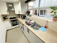 1 BEDROOM FLAT IN SOUTH WOODFORD £1100 PCM INCLUDING ALL BILLS & GARDEN