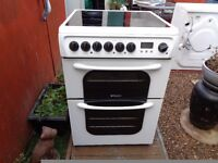 hotpoint ceramic electric cooker 60 cm double oven