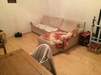Leytonstone E11. Large, Light & Modern 1 Bed Furnished Flat in Period Conversion near Tube