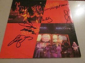 THE EAGLES HAND SIGNED AUTOGRAPHS WITH COA-MUSIC
