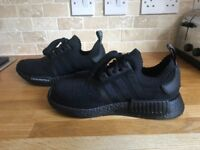 Adidas nmd r1 triple black Japan