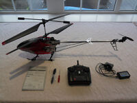 Modelco Maxi Platinum 800 - radio controlled helicopter - only flown twice.