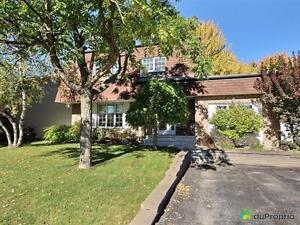 364 000$ - Maison 2 étages à vendre à Ste-Rose