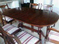 Dark Wood - Oval Extending Table & 6 Chairs