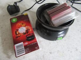 AIRWICK ELECTRIC CANDLE MELT SUPPLIED WITH NEW MELTS