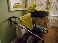Mama`s Papas Sola 2 Pushchair/Stroller & Carrycot.