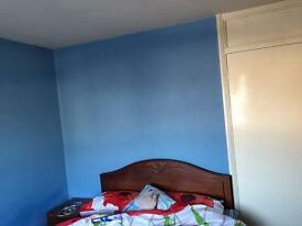 1 Double room and 1 single room available for rent