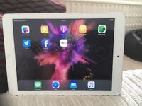 Apple IPad Air Model MD795B/A reduced for a quick sale!