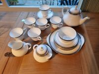 Royal Doulton 'Sarabande' tea service