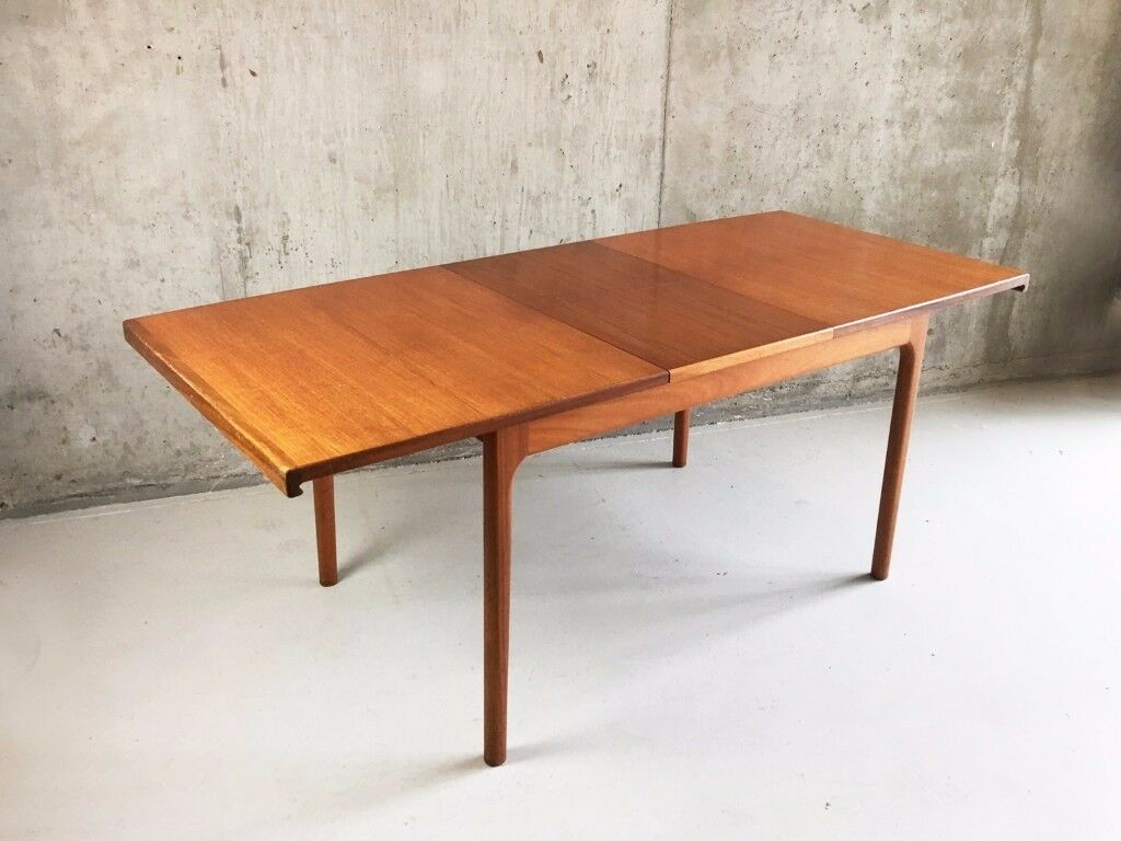 1970s midcentury Mcintosh extendable dining table