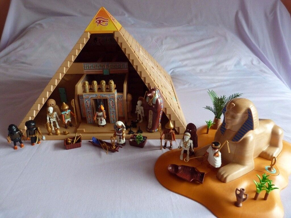 Playmobil Egyptian Pyramid and Sphinx Sets plus extra accessories. Excellent Condition.
