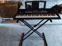 Yamaha digital keyboard psr E423 with stand