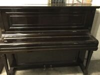 Upright overstrung piano