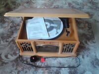 Prolectrix TJ/SB513774 Turntable AM/FM Radio with CD and Cassette player