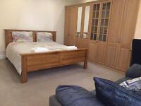Large , Spacious 2 Bedroom Flat in Chorlton for Short Term - 1 > 3 Weeks - £450 per week