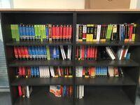 2x Shelving Units/Book Cases