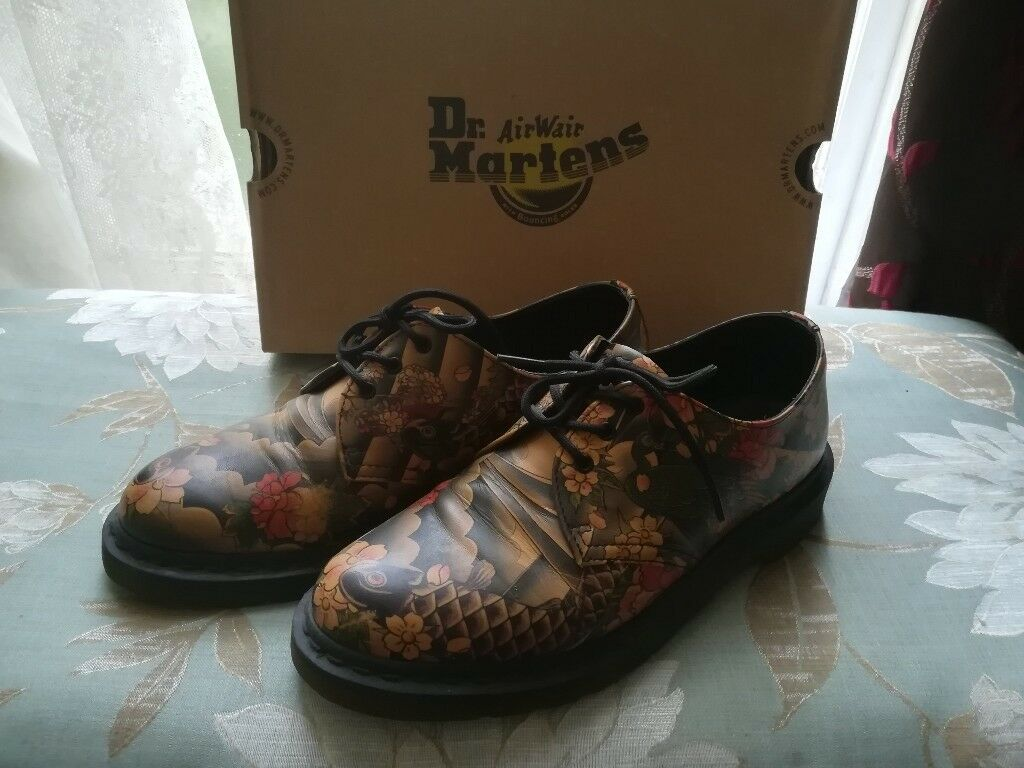 f7bdf89154 MARTENS SIZE 7 1460 IN TAN TATTOO SLEEVE JAPANESE PRINT KOI FISH LEATHER  SHOES