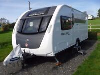 2014 Sterling Eccles Quartz SE with Island bed and Motor mover