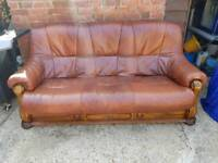 2 and 3 seater brown leather suite reduced now