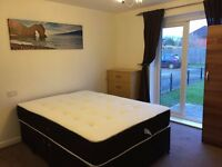NICE AND SPACIOUS DOUBLE ROOM AVAILABLE NOW