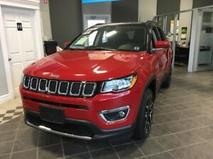 2017 Jeep Compass Limited 4X4! LOADED! FINANCE NOW!