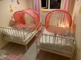 Extendable kids bed from Ikea Minnen