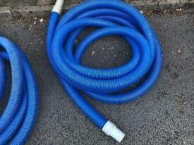 Used Carpet cleaning 1,5in waste hoses 1x25ft; 1x50ft
