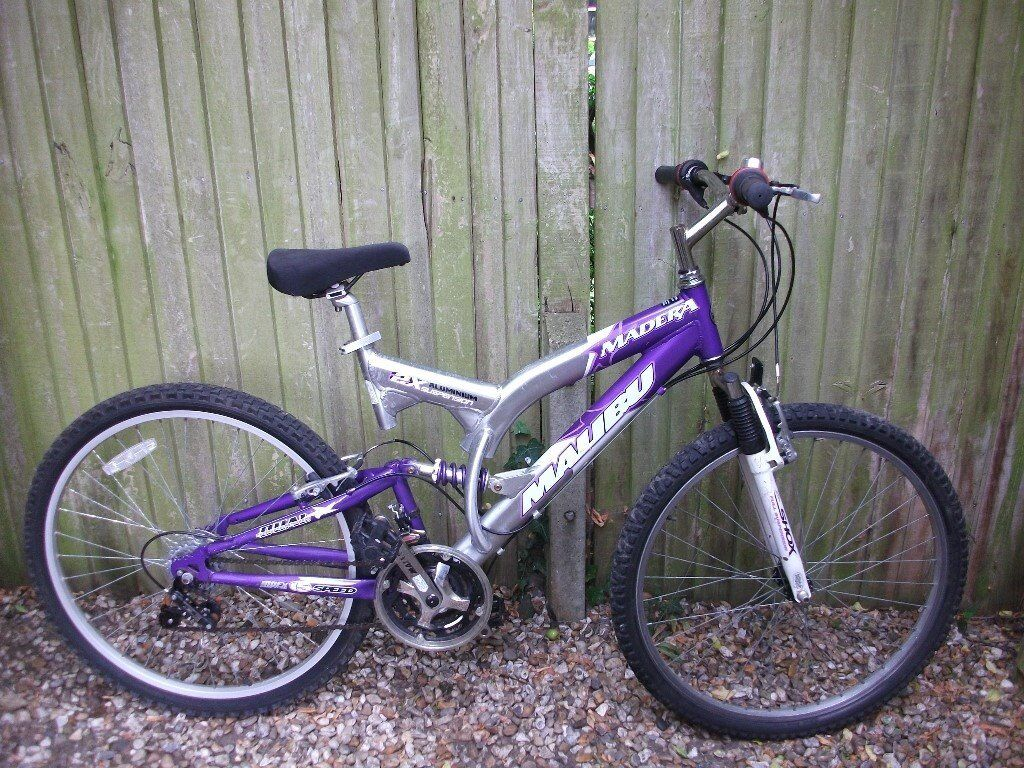"Mountain bike cycle light weight adult frame Front/Rear suspension 15spd twist gears good conditionin Shinfield, BerkshireGumtree - Mountain bike cycle light weight aluminium adult 18"" frame Front/Rear suspension 15 speed twist grip gears 26"" alloy wheels with good tyres v brakes gel saddle good condition ready to ride can deliver locally free of charge"
