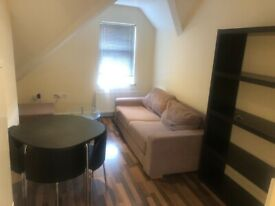 Croydon Central, London, Large 1 Bedroom Flat Available Now £245 PW