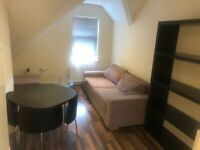 Croydon Central, London, Large 1 Bedroom Flat Available Now £245 PW- NO AGENCY FEE