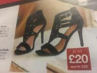 Women's shoes sizes 4 to 8