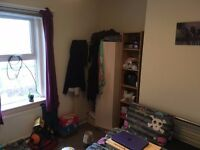 Double Bedroom, Heaton, Available for 3 months rent.