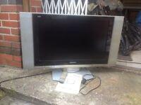"""Panasonic Viera 32"""" Lcd tv , spares or repair"""