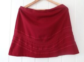 NWT From M&S Pretty Red Embroidered A-Line Elasticated Waist Short Skirt Size 16