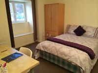 Large double rooms in house share