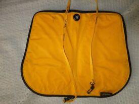 Skwoosh cushion for kayak or canoe